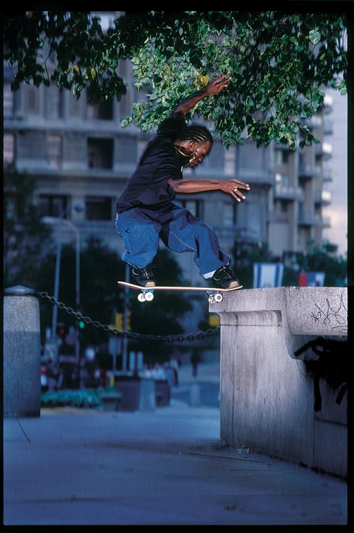 Calvin Ligono Images Stevie Williams Switch Frontside Noseslide at Love Park photo Mike Blabac
